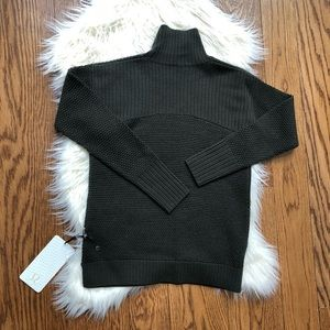 NWT Lululemon Warm & Restore Sweater size 2